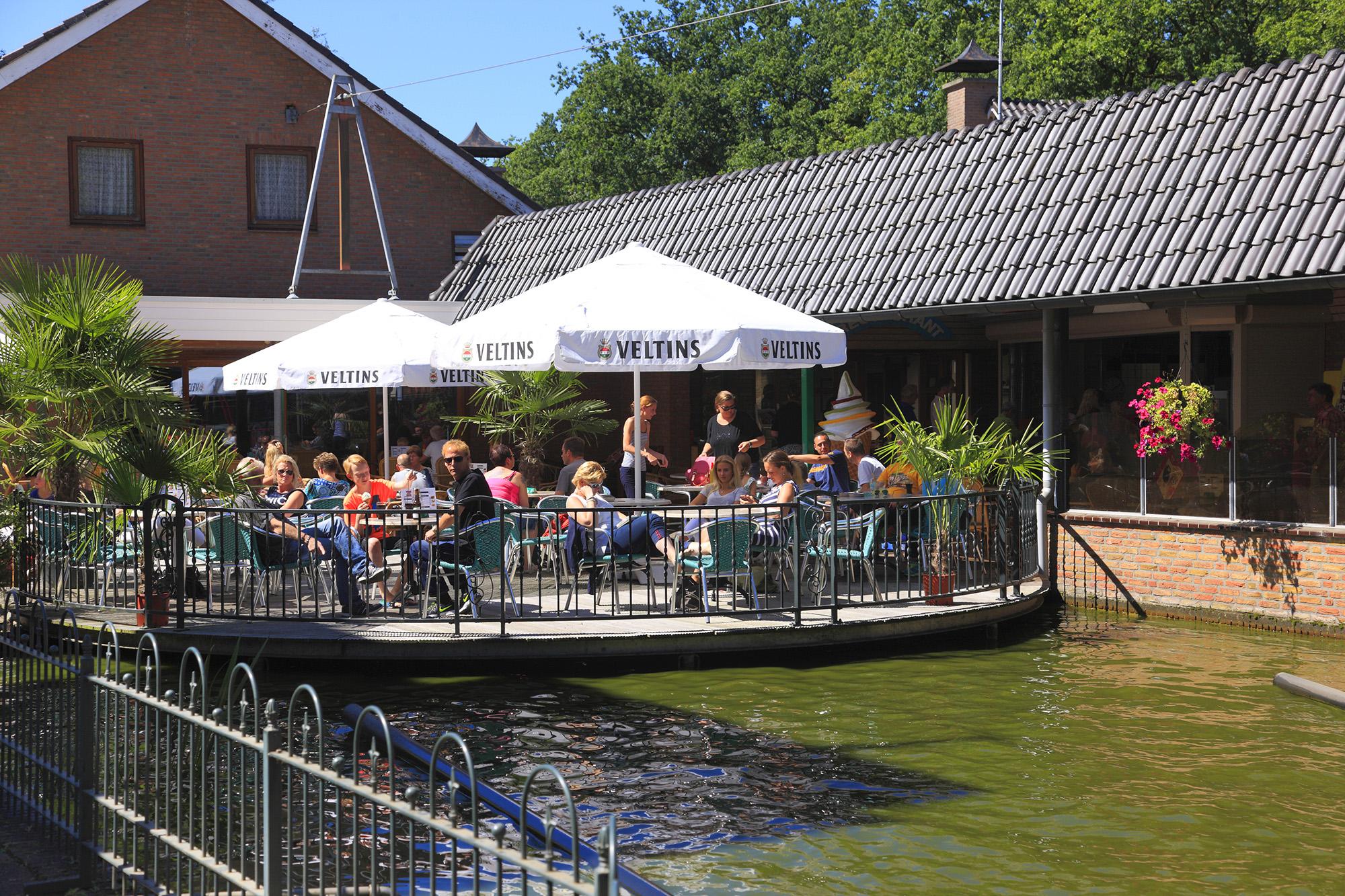 Zaal Terras Restaurant Hoge Boekel
